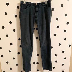Denim - 🌈5/$25🌈Aviva washed jeans size 7